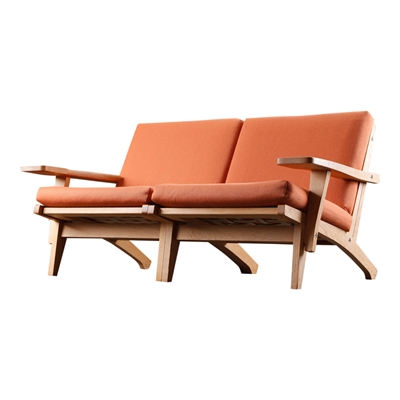 Cushion set for the GE 370 two-seat sofa by Hans J. Wegner
